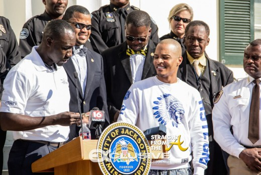 T.I Gets The Key To Jackson, Ms. (4 of 10)