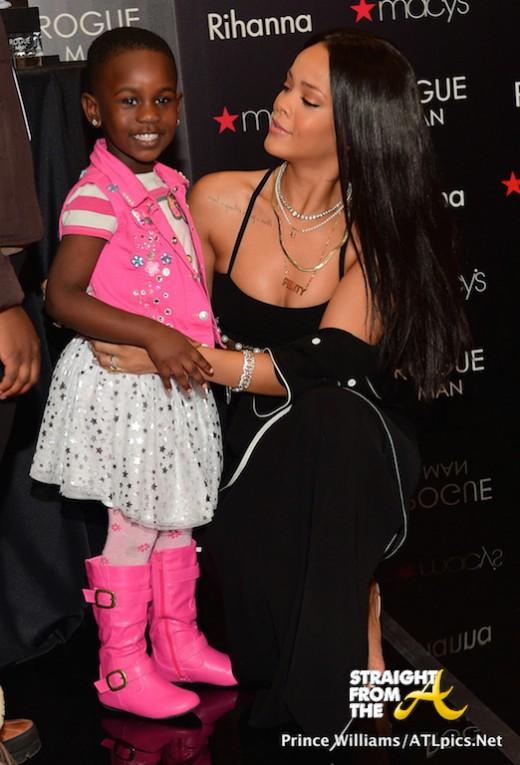 Rihanna Lenox Square Mall - StraightFromTheA-30