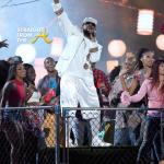 R Kelly Soul Train Awards 2015