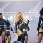 Beyonce Super Bowl 50-26