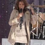 Quick Flix/Video ~ Whitney Houston Stumbles on Good Morning America