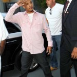 """From One """"King"""" to Another: T.I.'s Gift to CNN's Larry King…"""