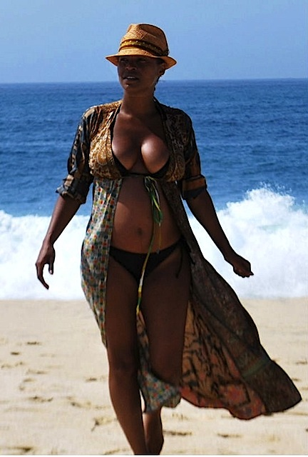 from Joziah actress nia long naked