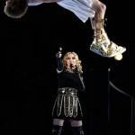 Madonna's Halftime Show ft. Nicki Minaj, Ceelo & MIA Show Gets the Middle Finger – Super Bowl 2012 [FULL VIDEO]
