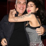 In The Tweets: Amy Winehouse's Father Feels 'Some Kinda Way' About Beyonce/Andre 3000 Remake…