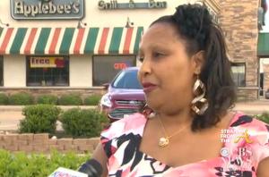 Applebees Calls Police on Parents 4