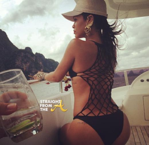 Rihanna THailand 2