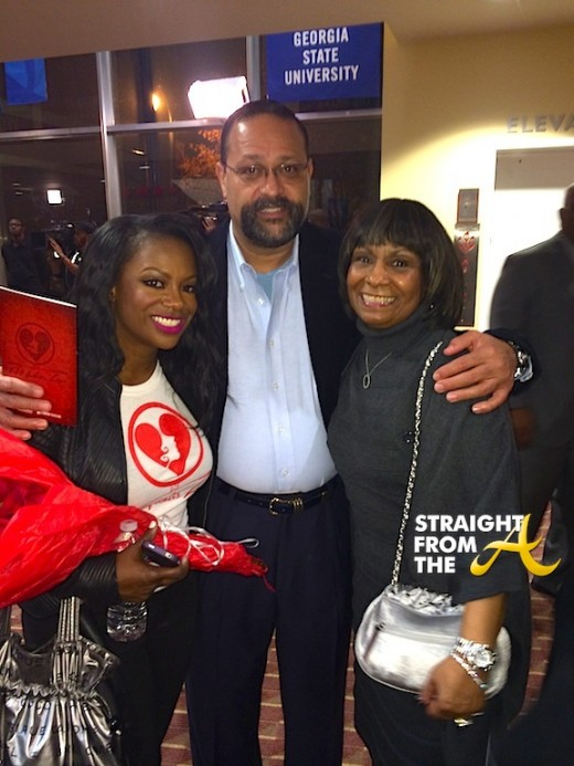 Kandi Burruss with her Mom and StepDad 2013