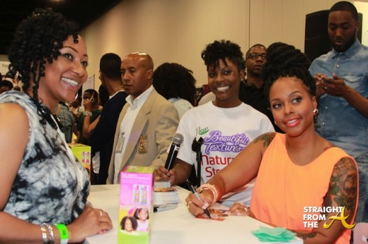 Chrisette Michele signs autographs for fans - 2