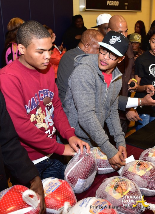 south dekalb mall annual turkey giveaway