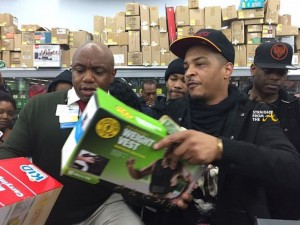 Rapper T.I. Walmart Surprise