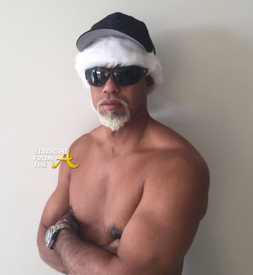 tiger-woods-mac-daddy-santa-2