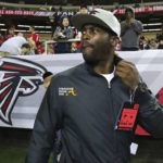 Former Atlanta Falcon Michael Vick Receives Standing Ovation During Ceremonial Return to Georgia Dome… (VIDEO)